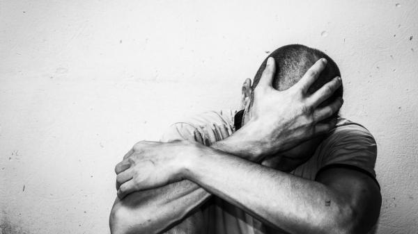 مرة أخرى...شاب تطواني يقدم على الانتحار وهذا آخر ما نشره على الفايسبوك قبل وفاته (صورة)