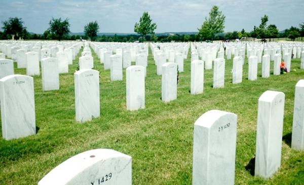 الحكومة تعلن التكفل بنفقات دفن جثامين هذه الفئة من مغاربة الخارج