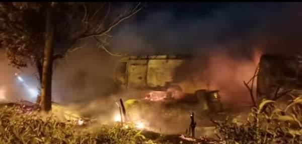 حريق مفاجئ يندلع بمنازل صفيحية بطنجة والسلطات تستنفر