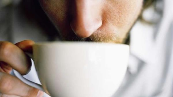 احذر ممن يشرب القهوة « دون سكر»