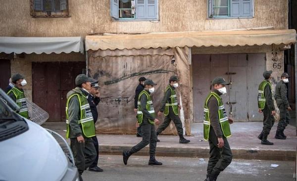 هالبسالات فين تاتوصَّل... الأمن يشن حملة توقيفات واسعة في صفوف مراهقين رشقوا القوات العمومية بالحجارة وتهم ثقيلة تنتظرهم!