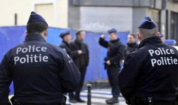 فضيحة مغربية جديدة ببلجيكا..الشرطة تحاول اعتقال مهاجر من داخل مسجد والتهمة مشينة جدا