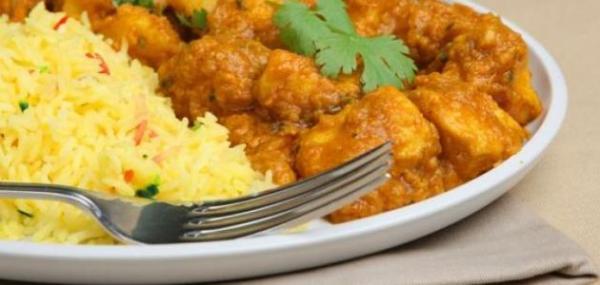 الدجاج بالبطاطس على الطريقة الهندية