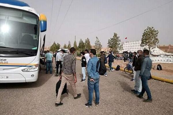 """مباشرة بعد مقال """"أخبارنا"""" .. سلطات أكادير ترحل الطلبة العالقين نحو أقاليمهم"""