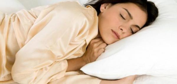 تبحثين عن نوم عميق؟ إليك الحل السحري
