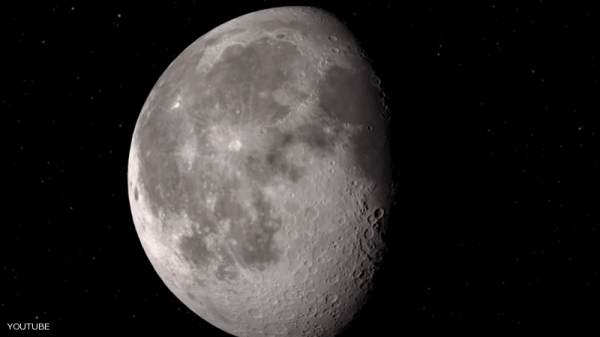 ماء على سطح القمر.. ناسا تعلن اكتشافها المثير