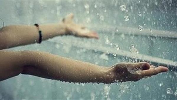 الأدعية المستحبة عند سقوط المطر والرعد وشدة الرياح