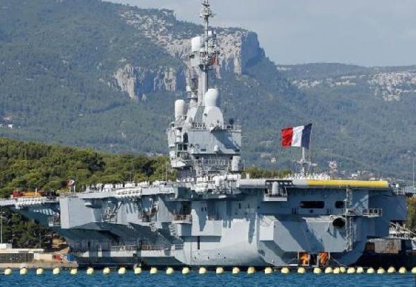"""لغز كبير يحوم حول اختراق كورونا لحاملة الطائرات الفرنسية """"شارل ديغول"""""""