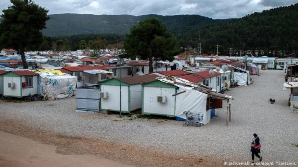 اليونان تعزل ثاني مخيم للاجئين بعد تأكيد إصابة بكورونا