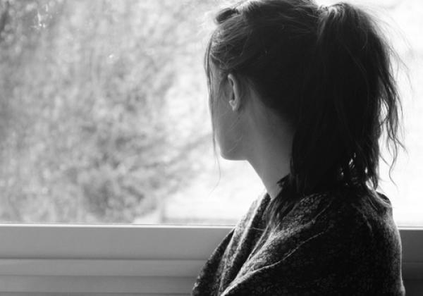 أستاذة تضع حدا لحياتها بطريقة صادمة بمدينة بركان