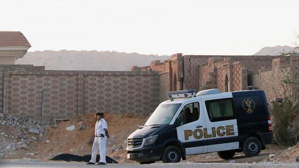 تفاصيل دفن الرئيس الراحل محمد مرسي..نجله يتحدث عن مكان تغسيله والصلاة عليه وهذا ما فعله الأمن (فيديو)