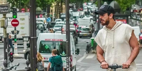 """بالتفاصيل: القضاء الفرنسي يمنح """"لمعلم"""" السراح المؤقت مقابل مبلغ مالي كبير ويسحب جواز سفره إلى حين"""