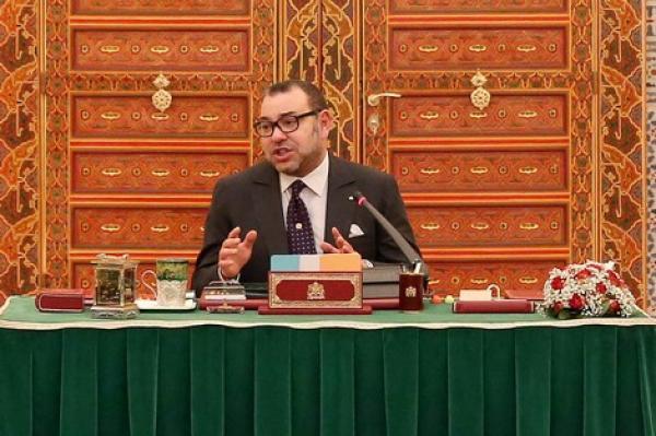 مباشرة بعد تنصيب الحكومة الجدية...الملك يترأس مجلسا للوزراء وهذا ما تم تدارسه