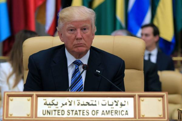 ترامب يوجه رسالة للمسلمين بمناسبة عيد الفطر
