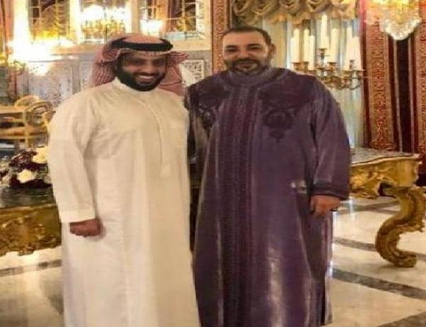 بالصورة: تُركي آل الشيخ يلتقي الملك محمد السادس ويُعلن عن مفاجأة بخصوص النسخة الثانية من البطولة العربية!