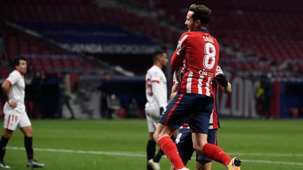 أتلتيكو مدريد يفوز في مؤجل إشبيلية ويبتعد في الصدارة