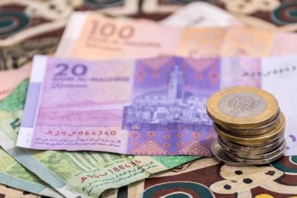الدرهم ينخفض أمام الدولار بـ2,06 بالمائة ومقابل الأورو بـ0,58 بالمائة