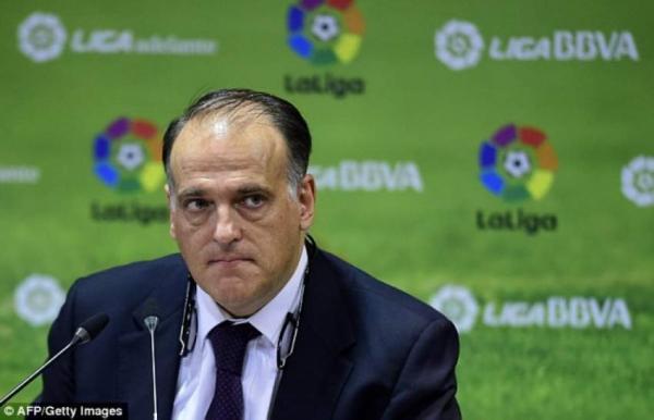 """رئيس الدوري الإسباني يهاجم """"بارتوميو"""" بسبب """"السوبر ليغا"""""""