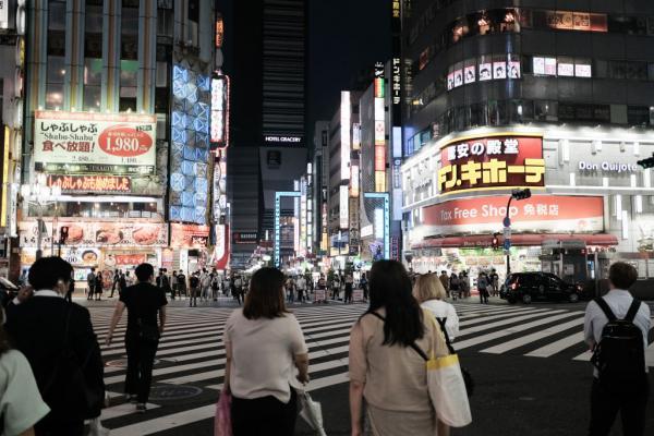 طوكيو تسجل أعلى حصيلة إصابات يومية بكورونا
