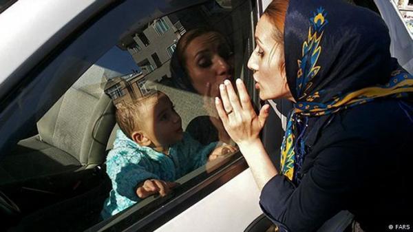احذر من ترك الأطفال وحدهم داخل سيارة في حر الصيف!
