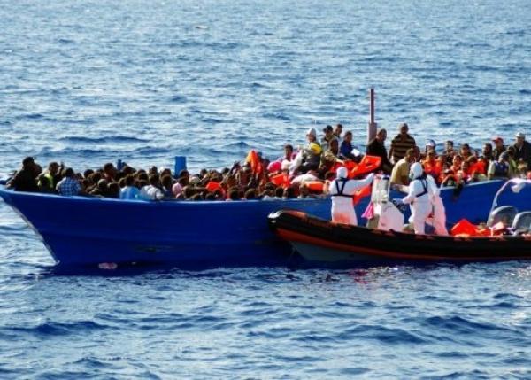 إنقاذ 40 مهاجرا سريا كانوا تائهين في عرض سواحل تونس