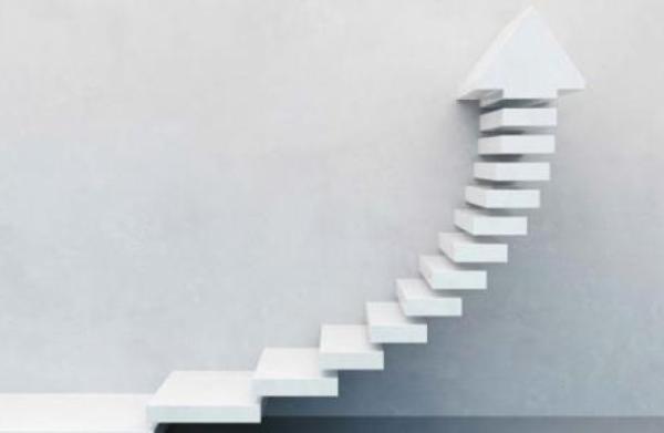 تقييم عوامل النجاح والإخفاق في حياة الإنسان