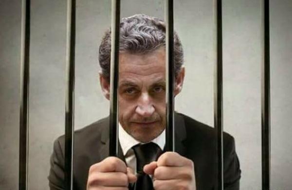 الحكم على الرئيس الفرنسي السابق نيكولا ساركوزي  بالسجن 3 سنوات منها سنة نافذة