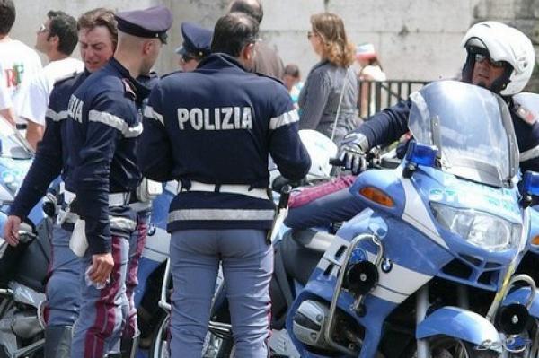 """بالفيديو : اعتقال مغربي يايطاليا يدعي أنه """" رسول من الله """""""