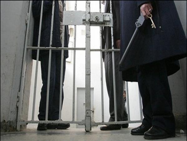 إدارة السجن المركزي بالقنيطرة تقدم على هذه الخطوات وعائلات السجناء تشتكي ومنظمة دولية تدخل على الخط