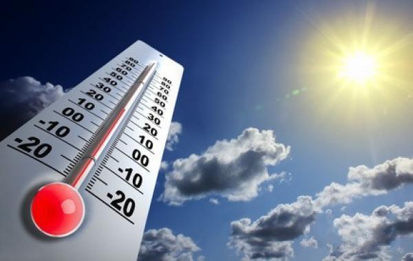 الطقس الحار يؤثر سلباً على أداء الطلبة في الامتحانات