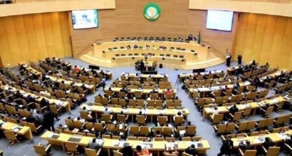 البرلمان الإفريقي يدعم المملكة ويطالب البرلمان الأوروبي بعدم التدخل في الأزمة المغربية-الاسبانية