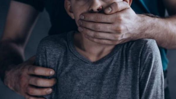بالفيديو ...تفاصيل جديدة حول واقعة اغتصاب مغربي مقيم باسبانيا لابنته وافتضاض بكرتها