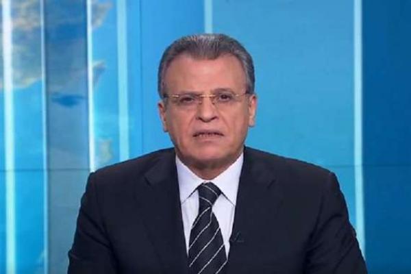 """مذيع قناة """"الجزيرة"""" يكشف عن تعرضه للتهديد بـ""""صور مفبركة"""""""