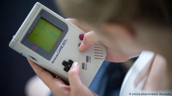 Game Boy تطفئ شمعتها الثلاثين