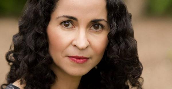 روائية مغربية مرشحة للفوز بالجائزة الوطنية الأمريكية للكتاب