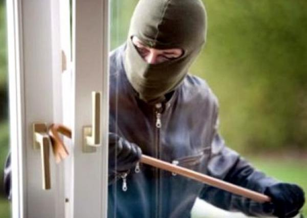 الأمن يطيح بأخطر عصابة إجرامية نفذت أكثر من 30 عملية سرقة بعدد من المدن المغربية