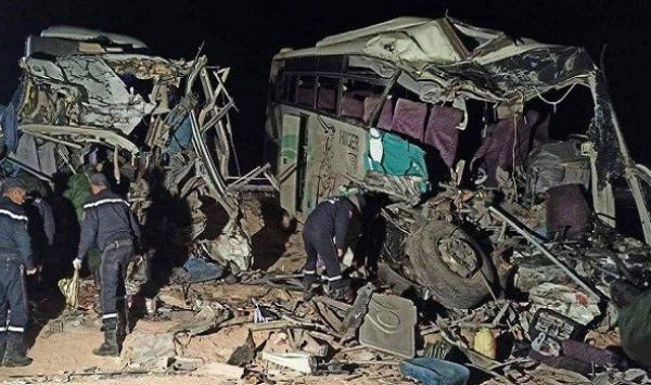 مصرع 12 شخصا وإصابة 46 في حادث مروع بالجزائر