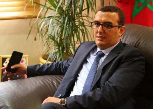 وزير الشغل محمد أمكراز يتعرض لحادثة سير وينقل للمستشفى العسكري