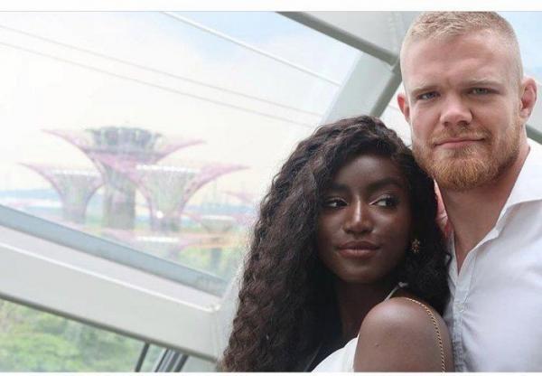 ما قصة زواج عارضة أزياء سعودية من رياضي بريطاني أشقر؟ (فيديو)