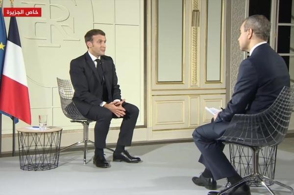 """الرئيس الفرنسي في حديثه لـ""""الجزيرة"""": الرسوم الكاريكاتورية ليست نتاجا للدولة بل من عمل وسائل الإعلام المستقلة"""