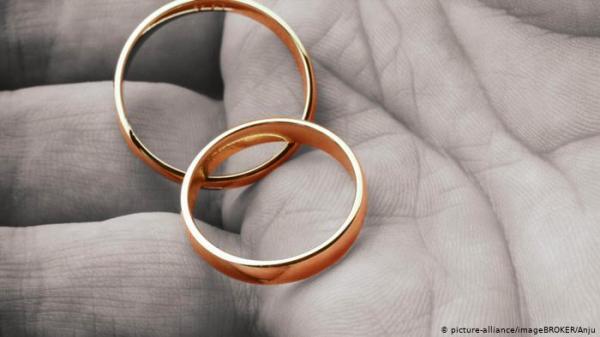 """الجزائر.. تعليق عقود الزواج وتأجيل """"ليلة العمر"""" بسبب كورونا"""