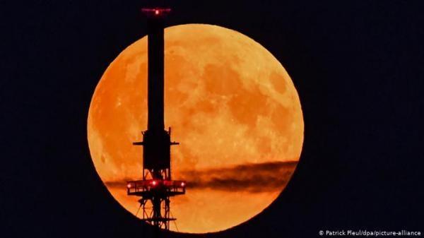 قريبا ً ... شبكة اتصالات وإنترنت على سطح القمر!