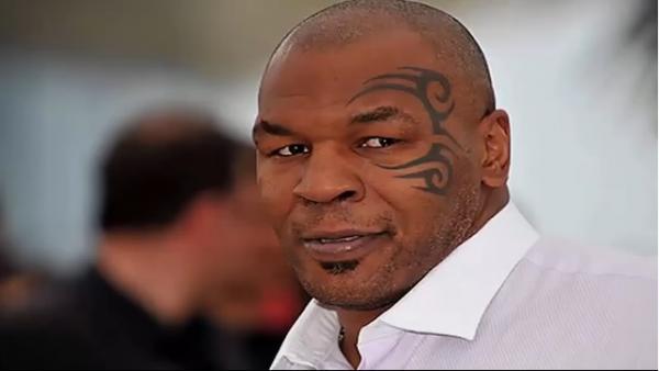 """الملاكم الأمريكي تايسون يعود مجدداً إلى الملاكمة بفضل """"سم الضفدع"""""""