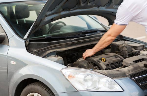 أيهما أفضل: شراء السيارة المستعملة التي قطعت كيلومترات قليلة أم التي عمرها أقل؟