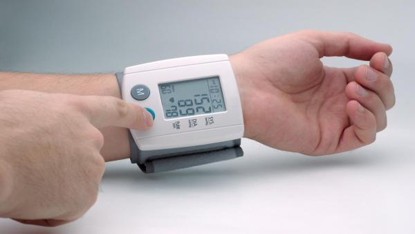 13 سبباً لارتفاع ضغط الدم المفاجئ حاول تجنبها