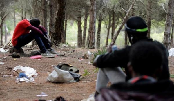 سمسار ديال الحريك بأصيلة ينصب على مهاجرين غير شرعيين في 1500 أورو للشخص وهكذا عاقبوه
