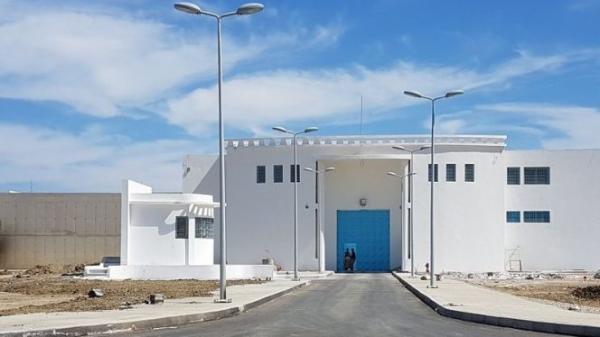 """المديرية الجهوية للسجون بطنجة تنفي تورطها في """"صفقات وهمية"""""""