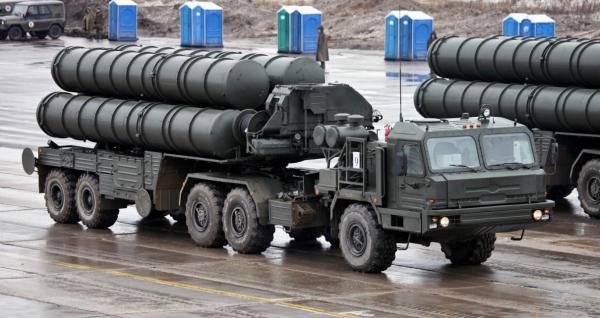 """المغرب يتراجع عن صفقة سلاح روسية بسبب قانون """"كاستا"""" الأمريكي"""