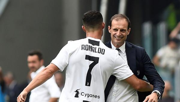 أليغري يؤكد بقاء رونالدو في يوفنتوس
