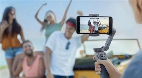 """دي جي آي"" تطلق حامل الهواتف الذكية Osmo Mobile 3 الجديد"